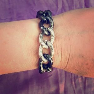 Onyx gold & Silver colored chain linked bracelet
